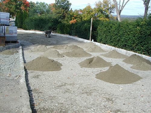 A driveway apron to welcome visitors landscapeadvisor Base for concrete driveway