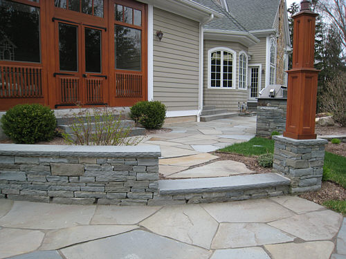 bluestone seat wall
