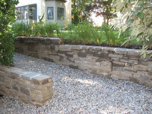 kearney stone seat wall in switchback